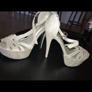 Prom Heels Shi Size 10